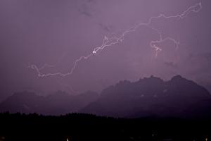 STILLS_Lightning 3